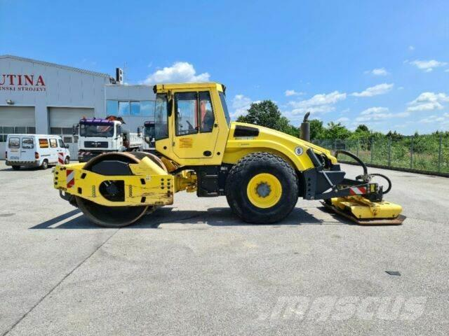 Bomag BW213DH-4 VIBROPLATE