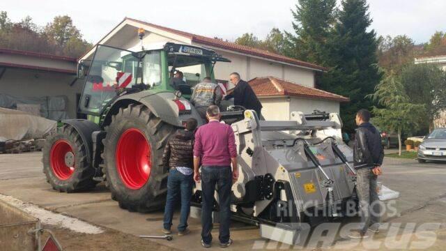 Caterpillar FAE ca8000kg 2017. 1. Hand