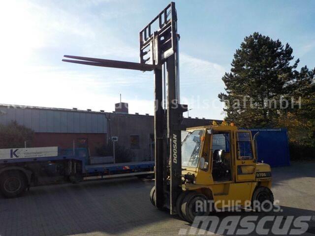Doosan D70S - 2, Top!, Hublast 7 ton, hyd. Gabelverst.