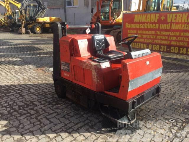 Hako Jonas 1450 DS Kehrmaschine Diesel