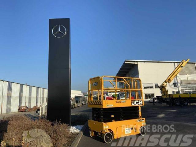 JCB S3246E Scherenbühne // 12m Arbeitshöhe