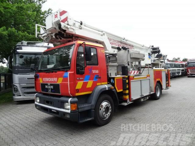 MAN 18.284 Bronto Skylift 27 Meter Feuerwehr