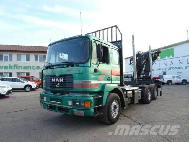 MAN 26.464 woodtransporter 6x2 with crane 0788