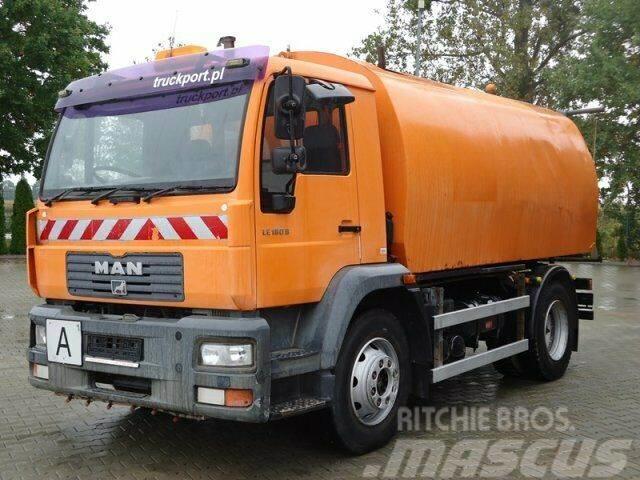 MAN LE180 B 15.185 4x2 EURO3 Kehrmaschine Bucher 60