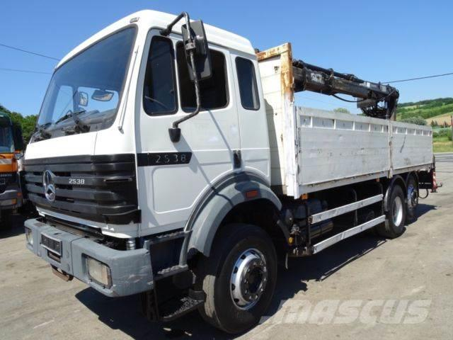 Mercedes-Benz 2538 6x2 Chassis