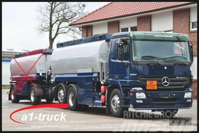 Mercedes-Benz 2541 6x2 Lindner + Fischer A1+A3, Oben + Untenbe