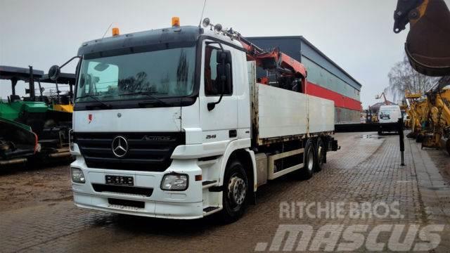 Mercedes-Benz 2546 Baustoff Lkw mit Palfinger PK 18001 Zange