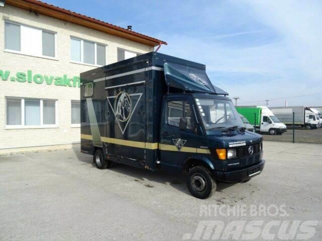 Mercedes-Benz 412d horse transporter, vin 158