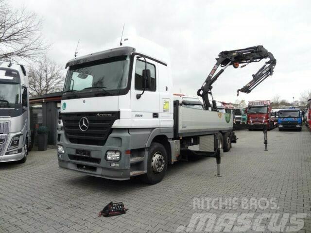 Mercedes-Benz ACTROS 2536 6X2 mit HIAB 288 Montagekran