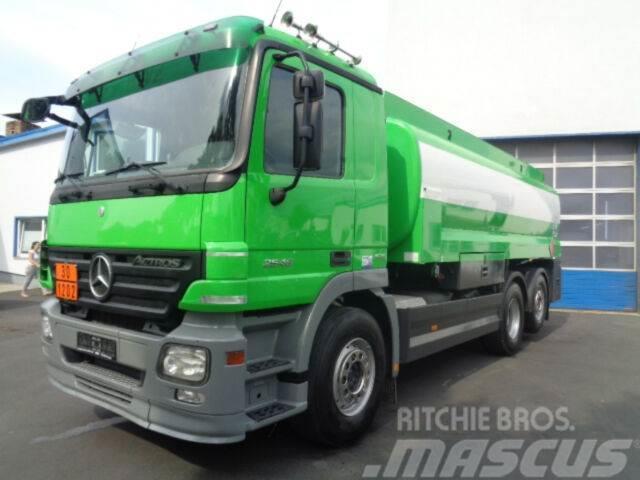 Mercedes-Benz Actros 2546 6x2 Diesel/Heizöl 18700 Liter Euro5