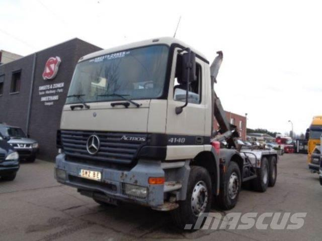Used mercedes benz actros 4140 manual tow trucks for Mercedes benz f cell price
