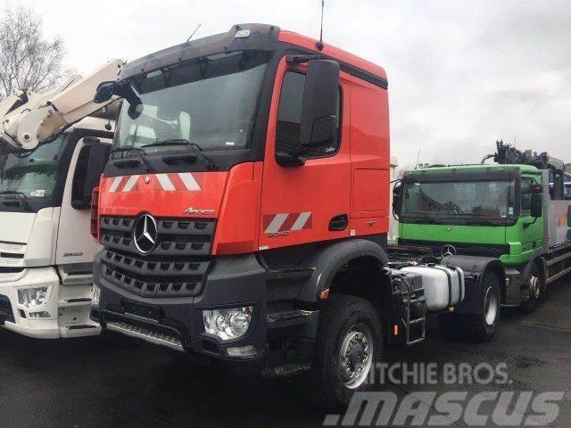 Mercedes-Benz AROCS 2043 4x4 Euro 6 SZM Kipphydraulik