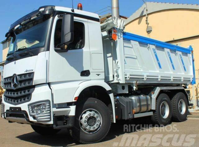 Mercedes-Benz Arocs 5 3342 6X4 3-Seiten-Kipper Euro6d
