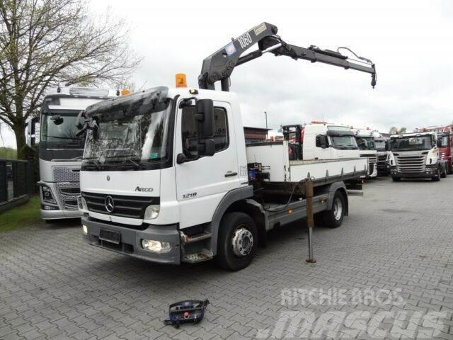 Mercedes-Benz ATEGO 1218 mit HMF 10 T/M Kran