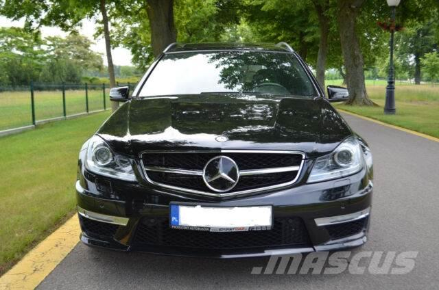 mercedes benz c 63 amg occasion prix 43 000 ann e d 39 immatriculation 2012 voiture. Black Bedroom Furniture Sets. Home Design Ideas
