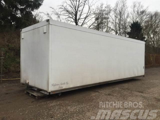 [Other] Koffer Aufbau / 8300mm lang