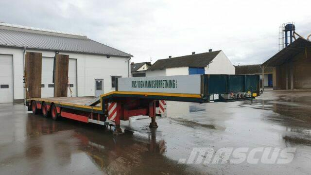 [Other] MTDK Low loader/Hydraulic Ramps/2008 year