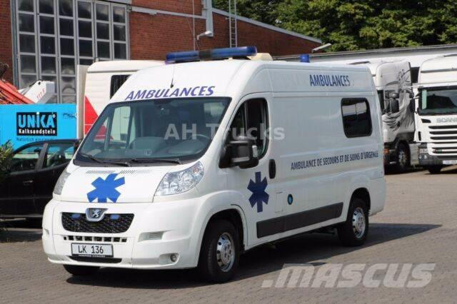 Peugeot Boxer 3.0HDI L2H2 Ambulance RTW Voll !!