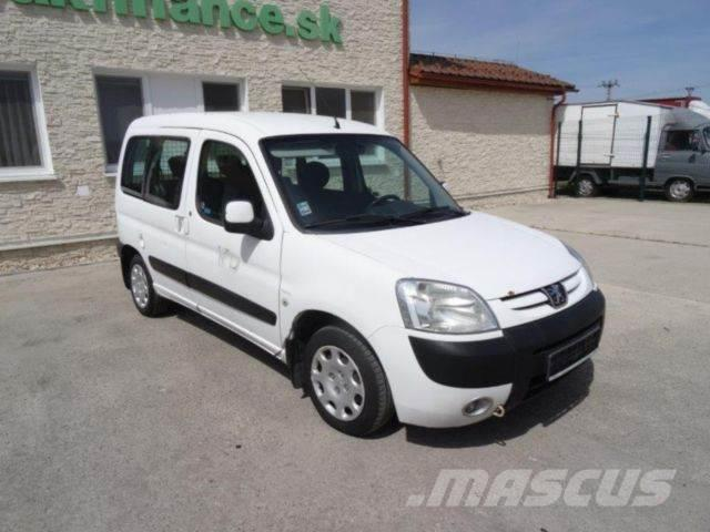 Used Peugeot Partner Kombi 1 9d Manual Vin 451 Cars Year border=