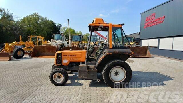 Renault 900 MI Traktor