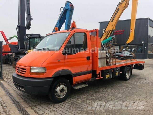 Renault Mascott 130 DCI / Schlepper / Rampen / Tank /