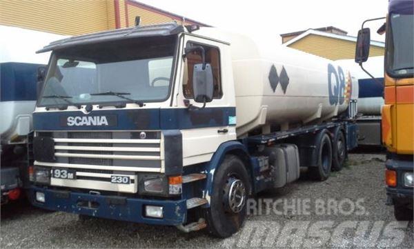 Scania P 93 6x2 20000 Liter Tank Gazole/Fuel Pomp