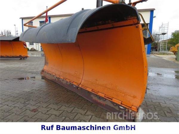 Schmidt Schneepflug S 33