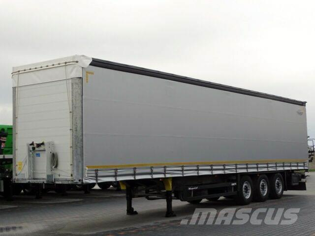 Schmitz Cargobull CURTAINSIDER / LIFTED AXLE / 2017 YEAR /PERFECT