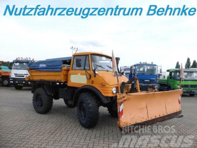 Unimog 406 4x4 Winterdienst/ Schneeschild + Streuer