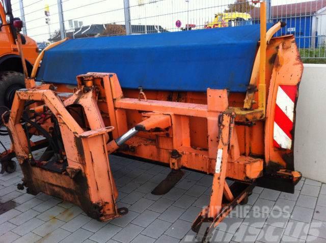 Unimog Beilhack PV28-3 Schneepflug Unimog JCB MAN Fendt