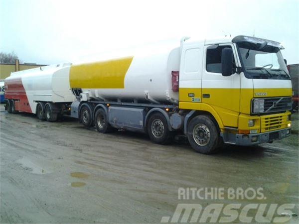 Volvo Roadtrain Tank 62000 Liter ADR Pomp