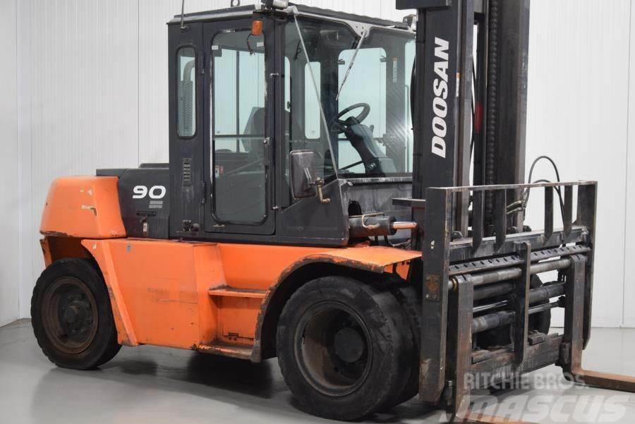 Doosan D90S-5
