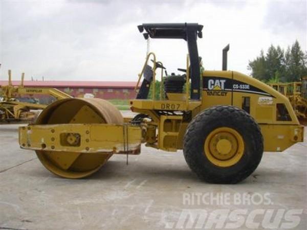 Caterpillar CS533E