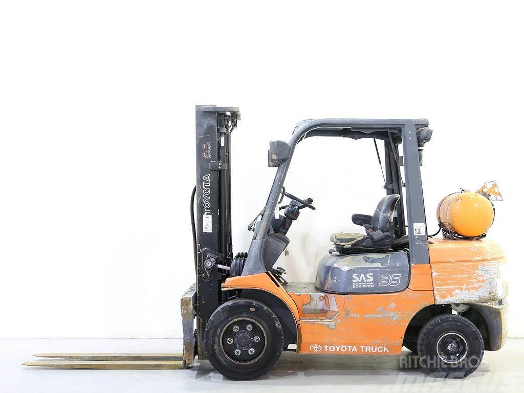 Toyota 02-7FGJF35
