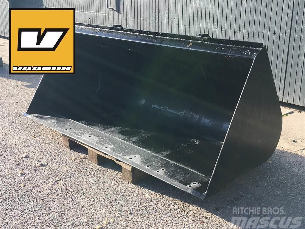 JCB Q-Fit 230 cm yleiskauha