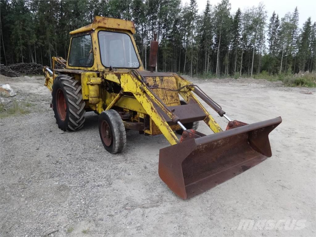 JCB Traktorikaivuri