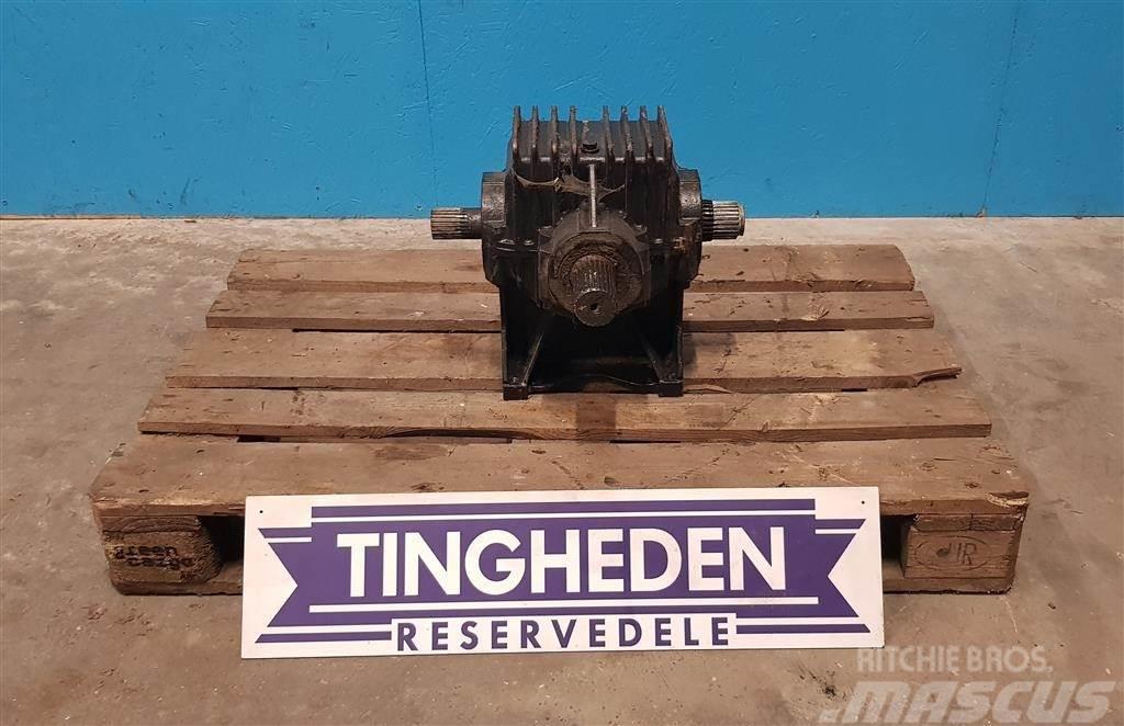 Massey Ferguson Vinkel gear 6272550m91
