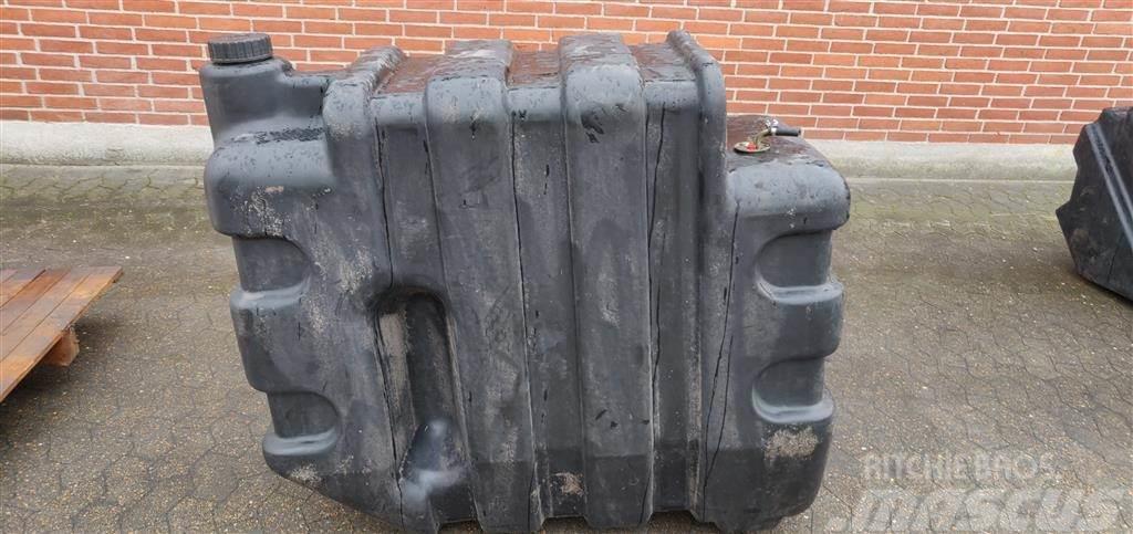 Massey Ferguson 7256 Dieseltank 28781307