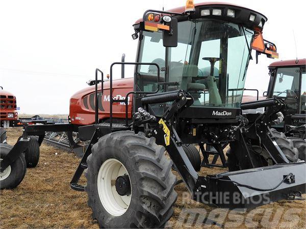 MacDon M155