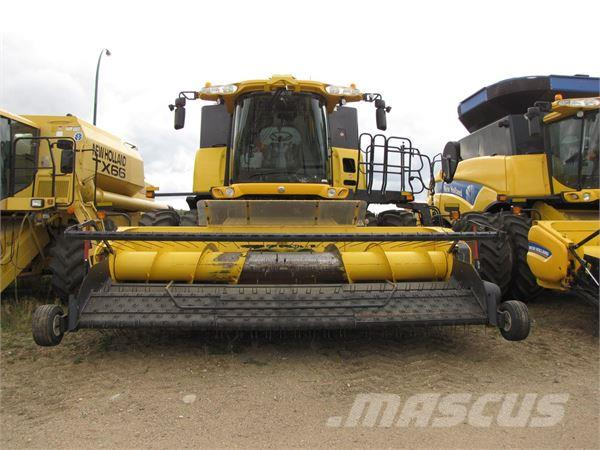 New Holland CR9090E
