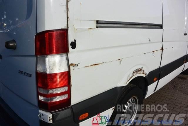 Mercedes-Benz Sprinter 211 CDI Unfall Motor läuft Getriebe OK
