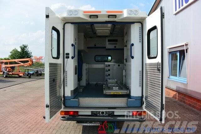 Mercedes-Benz Sprinter 516 CDI Fahrtec RTW Retarder Ambulance