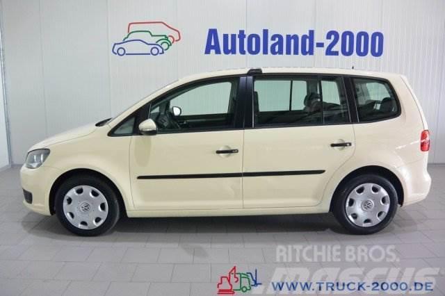Volkswagen Touran 2.0 TDI DSG Trendline 7-Sitzplätze 1.Hand