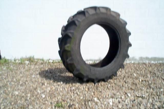 Pirelli TM700