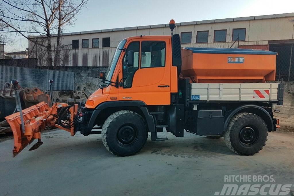 Daimler CHRYSLER UNIMOG 405/10
