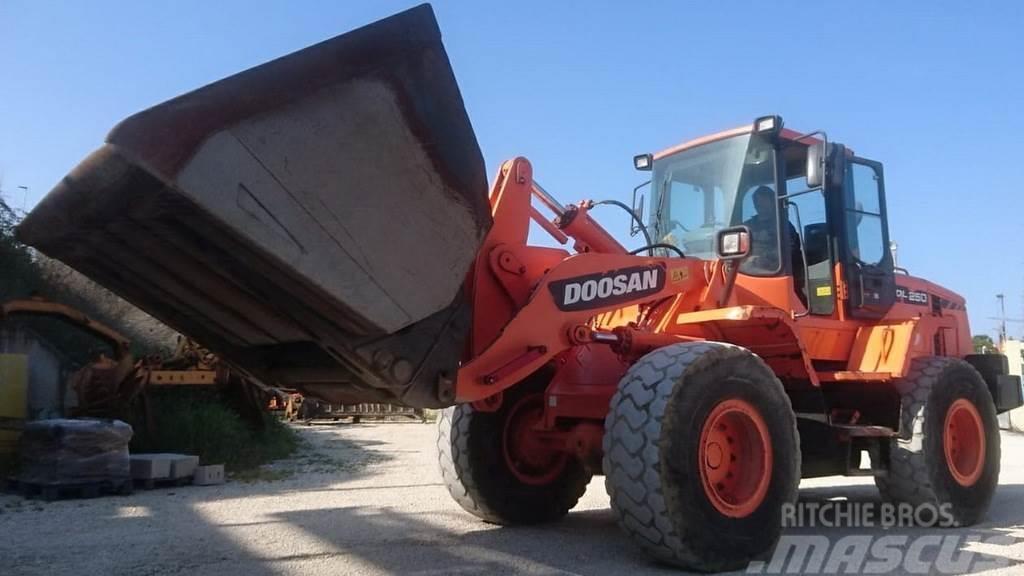 Doosan DL250