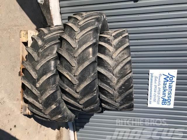 Michelin 440/65R28