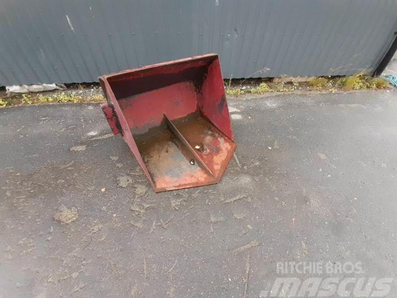 [Other] Jordskopa Spetsig Sms 80cm