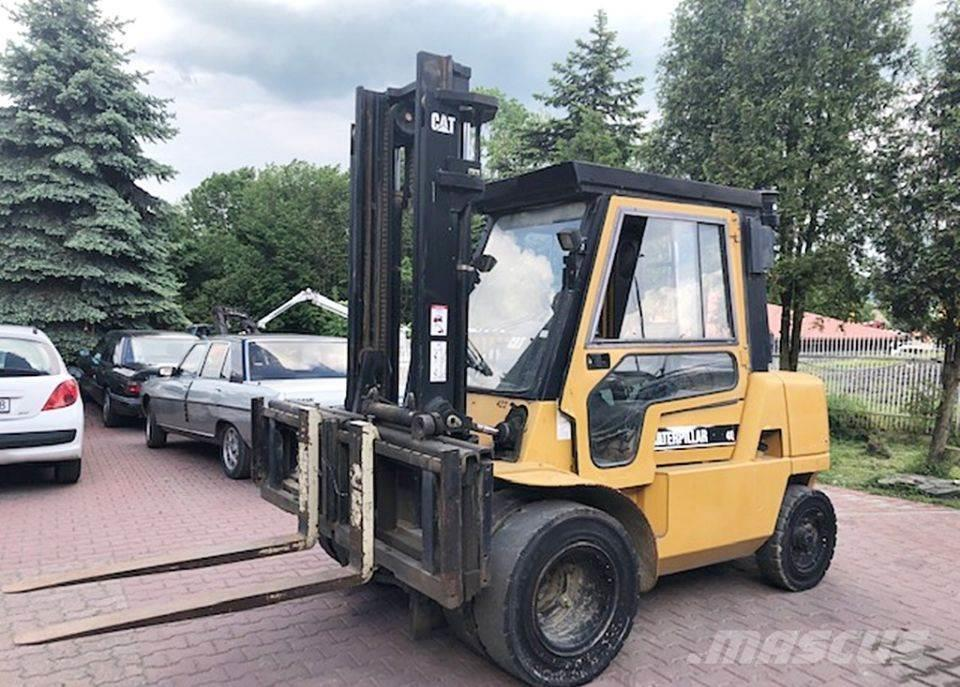 Caterpillar Wózek Widłowy CATERPILLAR CAT DP40 DP40K Diesel Ud