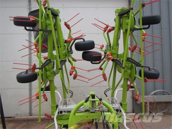 CLAAS Volto 900 8 rotor tedder